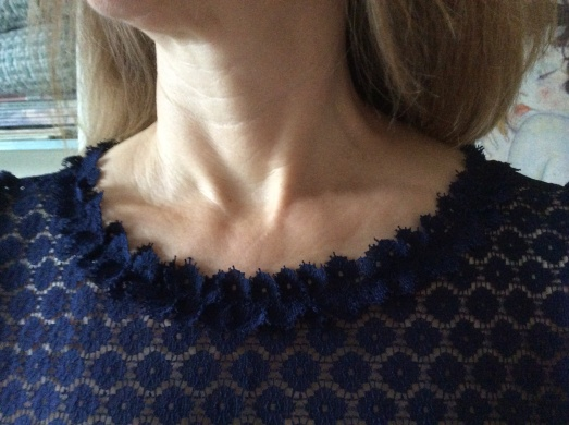Lace finish on the neckline - a unique feature!